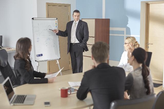 会議で意見を通す方法